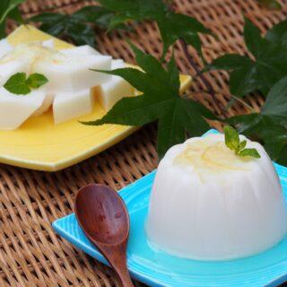 レモンマーマレードシロップの牛乳寒天~杏仁豆腐風~